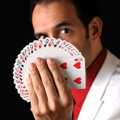 Sergio Close-Up Magician